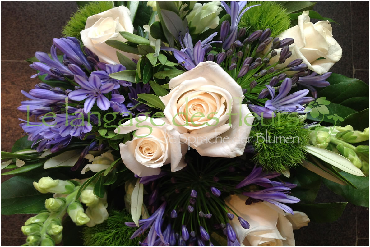 Flowers Munich, Bouquet purple creme