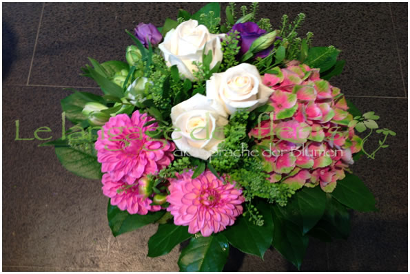 Flowers Munich, Bouquet with pink Hydrangeas